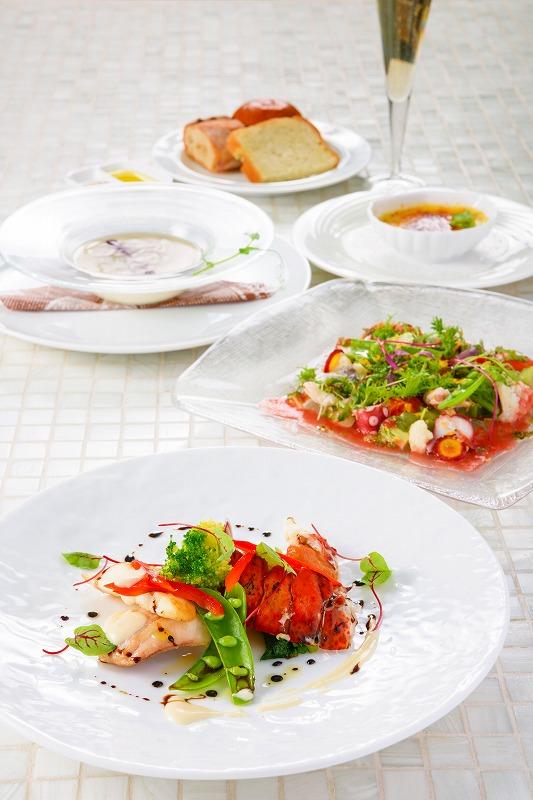 季節の鮮魚(濃厚アメリケーヌソースorオリーブのソース)